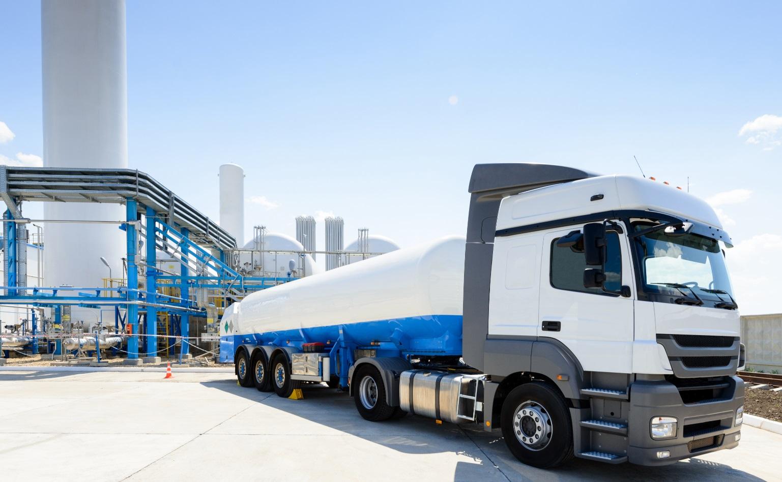 Surveillance camions citerne-transport hydrocarbures